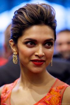 Hairstyles Inspired By Deepika Padukone_Puff Buns. Read more http://fashionpro.me/15-amazing-hairstyles-inspired-deepika-padukone-30pics