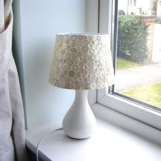 White button bedside/table lamp