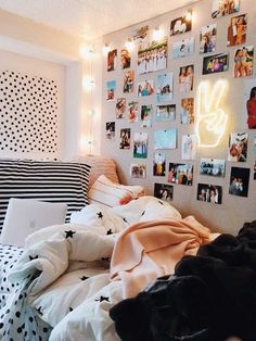dream rooms for girls teenagers \ dream rooms ; dream rooms for adults ; dream rooms for women ; dream rooms for couples ; dream rooms for adults bedrooms ; dream rooms for girls teenagers Girls Bedroom Colors, Room Ideas Bedroom, Bed Room, Bedroom Furniture, Teen Room Colors, Bedroom Inspo, Bedroom Inspiration, Design Bedroom, Room To Room