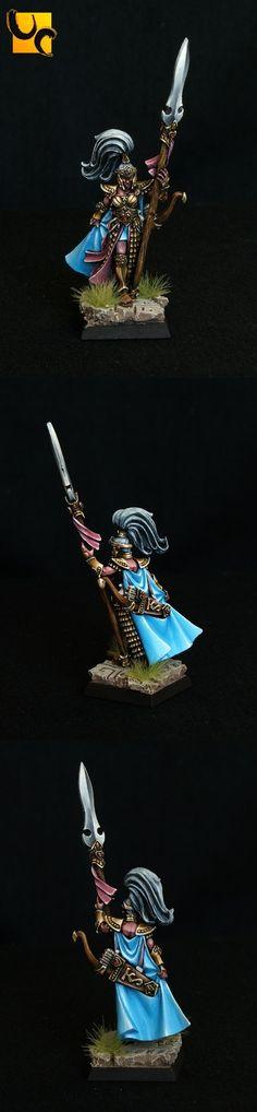 High Elf Handmaiden of the Everqueen.. Love the paint job!