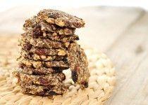 Lijnzaad koekjes recept. Hoeft niet met noten en rozijnen. Honing en/of kaneel kan er ook bij.