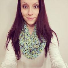 Free Crochet Pattern: One Skein Infinity Scarf #crochet #crocheting #crochetpattern