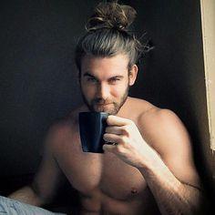brock o'hurn | Instagram-Star Brock O'Hurn löste den Hype um den Männerdutt aus