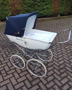 CREAM SILVER CROSS DOLLS OBERON COACH BUILT APRON PRAM COVER IN BROWN