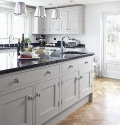 If you are looking for Black Kitchen Cabinets Design Ideas, You come to the right place. Here are the Black Kitchen Cabinets Design Ideas. Black Kitchen Cabinets, Kitchen Tops, Kitchen Units, Kitchen Cabinet Design, New Kitchen, Kitchen Decor, Kitchen Ideas, Kitchen Inspiration, Kitchen With Black Countertops