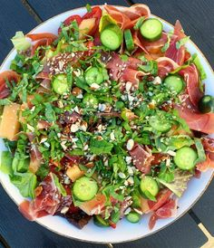 Healthy Menu, Vegetable Pizza, Cobb Salad, Salad Recipes, Tapas, Food And Drink, Low Carb, Yummy Food, Meals