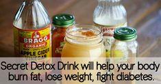 DRAXE: Secret Detox Drink Ingredients 1 glass of water (12-16 oz.) 2 Tbsp. Bragg – Apple Cider Vinegar 2 Tbsp. lemon juice 1 tsp. cinnamon 1 dash cayenne pepper (optional) 1 packet White Stevia Powder...