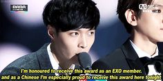"""Lay's winning speech for the """"Artist of the Year in Asia"""" Award at the MAMAs 2014 (1/5)"""