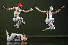 Paul Taylor Dance Company 2014 | Lynch Markham above Aileen Roehl of the Paul Taylor Dance Company ...