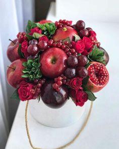 Vegetable Bouquet, Food Bouquet, Flower Box Gift, Edible Bouquets, Fruit Packaging, Fruit Decorations, Fruit Box, Stemless Champagne Flutes, Edible Arrangements