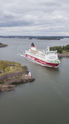 A Viking Line ferry passes Suomenlinna Sea Fortress (on the left) through Kustaanmiekka strait. Viking Line, See Picture, Helsinki, Finland, Vikings, Sea, History, Water, Pictures