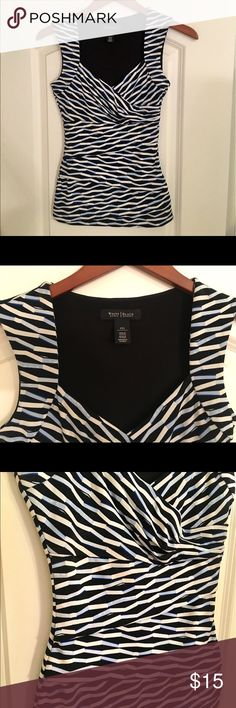PRICE REDUCED! White House Black Market size XXS White House Black Market sleeveless top in excellent condition. Size XXS. Perfect for church, job interview, work etc. From non smoking home. Notice the layering in the front as shown in 4th pic. Thank you! White House Black Market Tops Tank Tops