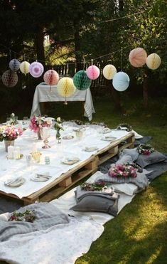 36 perfect garden party decorations for outdoor wedding ceremony boho party Garden Party Wedding, Garden Parties, Outdoor Parties, Summer Parties, Wedding Backyard, Boho Garden Party, Outdoor Fun, Wedding Summer, Outdoor Ideas