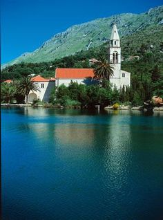 Sipan island / Croatia / calm sea / church  #croatia #hrvatska