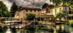 Provence toujours - Fontaine du Vaucluse Provence France