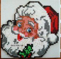 DECO.KDO.NAT: Hama perler: Julemanden holly hoved