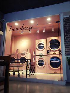 Laundry Shop, Laundry Art, Coin Laundry, Laundry Room Design, Laundromat Business, Laundry Business, My Beautiful Laundrette, Self Service Laundry, Mini Cafe
