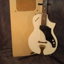 Supro Amp in Case Short Scale 1960 Original White Valco Amp Vintage RARE. Lawman Guitars 515-864-6136