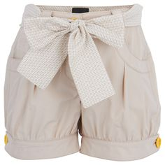 Crafted from a lightweight cotton, this pair of tulip shorts from Fendi will keep your girl cool and comfortable this summer. In a