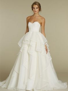 Hayley Paige Coco gown New Wedding Dress on Sale 50% Off