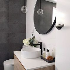 The bathroom of @_myhousemystyle_ is perfection from the black door handle to the basin choice, I love!!