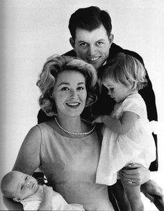 Ted and Joan Kennedy's family Bobby Kennedy Iii, Kathleen Kennedy, Les Kennedy, Ethel Kennedy, Caroline Kennedy, Jackie Kennedy, Patrick Schwarzenegger, Rosemary Kennedy, Royals