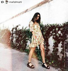 Flores flores floresse llevan las #flores! En los vestidos en las #sandalias y quién mejor para lucirlas que otra flor?@martafmarti está espectacular! #finde#goodmorning#buenosdias#findesemana#sixtysevenshoes#sixtyseven#shoes#itgirl#sixtyfan#sandals#fashion#picoftheday#photooftheday#newcollection#newseason#itgirl#ss17#nuevacoleccion#summerinprogress . @martafmarti with @repostapp  U ready?  @sixtysevenshoes  #summerinprogress #sixtysevenshoes