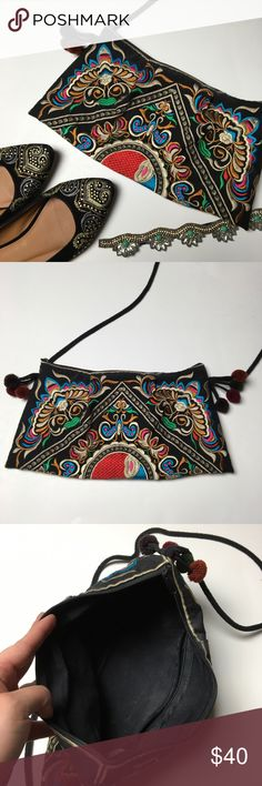 Gorgeous Bohemian Messenger Bag 🌼 Beautiful! Such pretty designs. It's middle eastern looking. It has poms on each side, a long strap, a zipper pocket inside and lots of room for makeup, wallet, phone, keys or whatever. 😍 Like new. 💖FINAL PRICE, NO OFFERS PLEASE BUNDLE💖 Vintage Bags