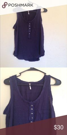 ❤️Free People Blue Tank❤️ Excellent condition! Size xsmall. No rips, stains or tears. Free People Tops Tank Tops