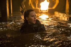 The Hunger Games News - Panem Propaganda Untagged HQ Versions of The Newest 'Mockingjay Part 2' Stills