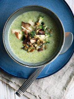 Broccolisuppe - opskrift på sund og lækker cremet suppe med broccoli