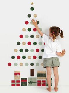 Alternative Christmas tree. For kids. nieuwjaarsbrief