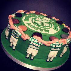 From kayles18 on Instagram #celtic #celticfc #football #cake #players #huddling #home #baking #baker #decorating #decorated #food #foodporn #instafood #foodie #foodpic #foodphotography #supporter #fan #cakage #loveit #lovetocook #lovetobake #lovebaking