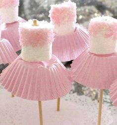 Sweet marshmallow ballet tests. Ballet party snack adorable diy