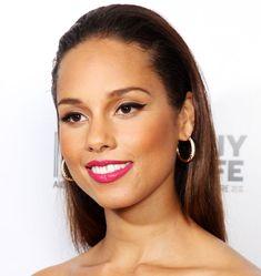 Alicia Keys Sexy | Alicia Keys rocks top-lined lids and hot pink lips. Photo: Dave Hogan ...