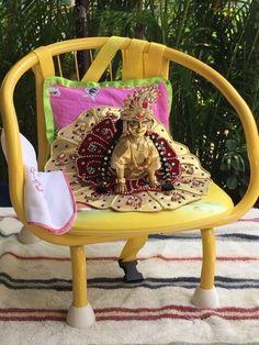 Laali on chair Bal Krishna, Shree Krishna, Krishna Art, Radhe Krishna, Lord Krishna, Laddu Gopal Dresses, Bal Gopal, Ladoo Gopal, Indian Dolls