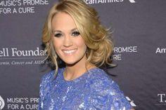 Carrie Underwood Kicks Off 2014 Volunteering at Animal Shelter
