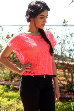 Put a retro spin on the must-have crop with this coral lace cropped tee. Perfect for a day out or even some festival fun. Shop on: http://www.lolascloset.in/clothing/lolas-couture-lace-crop-top/p-7367768-47246391196-cat.html#variant_id=7367768-68946296622