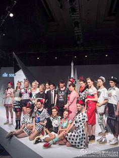 Color mikibana and alla scala fashion show
