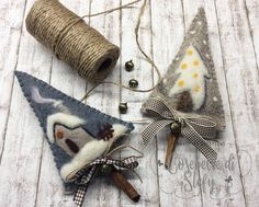 Sewing vintage decoration inspiration 36 ideas for 2019 Christmas Projects, Felt Crafts, Holiday Crafts, Felt Christmas Decorations, Felt Christmas Ornaments, Diy Ornaments, Beaded Ornaments, Christmas Sewing, Christmas Crafts