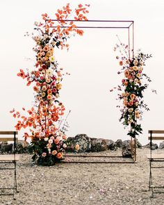 19 Creative Floral Installations to Make Your Wedding Design Wow! – Green Wedding Shoes 19 Creative Floral Installations to Make Your Wedding Design Wow! Floral Wedding Decorations, Wedding Centerpieces, Wedding Flowers, Wildflowers Wedding, Cascading Flowers, Rustic Flowers, Wedding Flower Arrangements, Wedding Dresses, Arc Floral