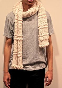 $40 100% Wool Oversized Bulky Cream White Scarf. Minimalist, Purl and Knit Pattern. Super Soft, perfect winter scarf. Cozy and Warm, Unisex