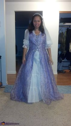 Back to the Renaissance - Halloween Costume Contest via @costume_works