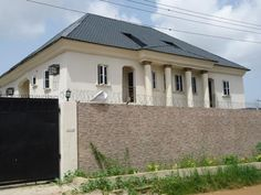 Houses for sale at #DivineEstate, #AmuwoOdofin. Close to #FestacTown - http://www.commercialpeople.ng/listing/200201014030732/