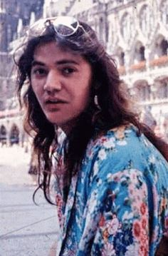 tommy bolin 39 s last picture taken with jeff beck after the concert and hours before his death. Black Bedroom Furniture Sets. Home Design Ideas
