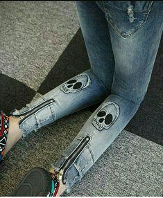 Jeans Refashion, Denim Art, Girls Jeans, Jeans Women, Denim Ideas, Curvy Jeans, Women Legs, Vintage Denim, Denim Fashion