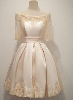 Newest boat neck short sleeves lace homecoming dresses,sparkly knee length simple cheap homecoming dress,modest cocktail dresses,beauty graduation dresses Dresses For Teens, Modest Dresses, Elegant Dresses, Nice Dresses, Short Dresses, Formal Dresses, Satin Dresses, Dresses 2016, Satin Short Dress