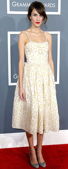 Alexa Chung at the 2013 Grammy Awards.  http://toyastales.blogspot.com/2013/02/toyas-tales-best-dressed-at-2013-grammy.html
