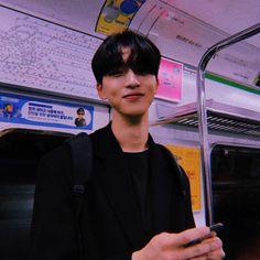 𝑈𝑙𝑧𝑧𝑎𝑛𝑔 𝐵𝑜𝑦 Little Bit, Ulzzang Boy, Korean Men, My Boyfriend, Kpop, Asian Beauty, Boys, Baby Boy, Fictional Characters