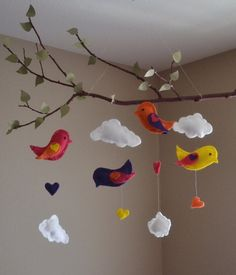 New baby diy nursery decorating mobiles 55 ideas Baby Crafts, Felt Crafts, Diy And Crafts, Felt Diy, Bird Mobile, Hanging Mobile, Decoration Creche, Mobiles For Kids, Mobile Kids